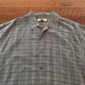 Tommy Bahama 100% Silk Short Sleeve Button Dwn